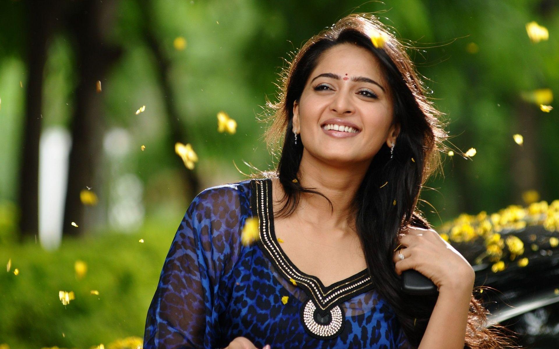 Anushka Shetty In Damarukam Movie